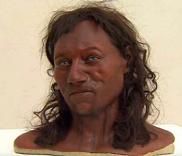 Vignette de l'actualité L'ancêtre des Britanniques avait la peau noire et les yeux bleus
