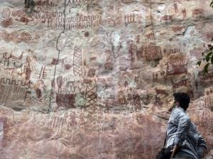 Vignette de l'actualité En Colombie, des merveilles de l'art rupestre cachées dans la jungle